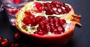 La granada contiene grandes cantidades de antioxidantes y ayuda a prevenir la insolación.