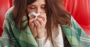 La vitamina C de la guayaba ayuda a prevenir el resfriado.