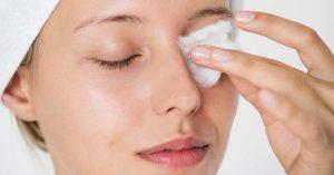 La vitamina A ayuda al desarrollo de la piel.
