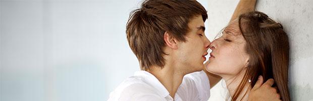 Dar besos tiene muchos beneficios.