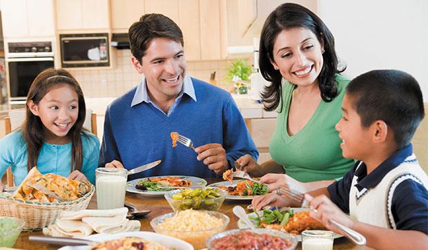 Es importante comer en familia