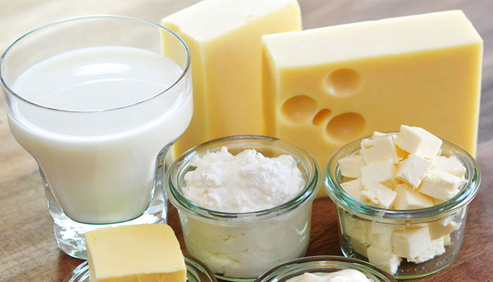 ¿Es bueno tomar leche de vaca?