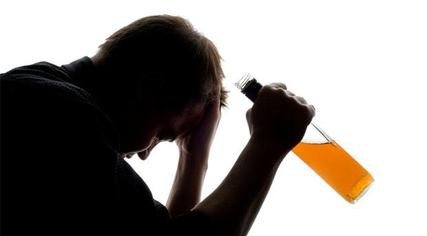 El alcohol tiene muchos efectos nocivos