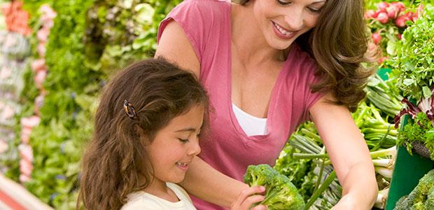 Alimenta a tus hijos sanamente